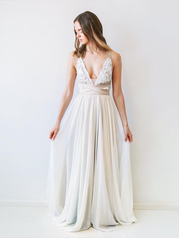 Robe de mariée ceinture contrastée